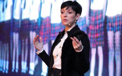 """""""Vender moda é entrar na intimidade do consumidor"""", afirma Cris Guerra em palestra na FBV"""