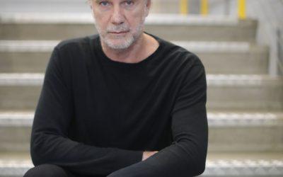 """""""O novo luxo é a estética da ética"""", afirma Oskar Metsavaht, da Osklen, durante a FBV"""